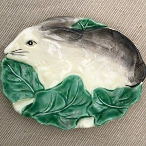 Vintage Bunny Rabbit soap dish small plate trinket